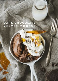 DARK CHOCOLATE VELVET MOUSSE - The Kitchy Kitchen