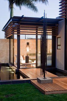 House Abo by Nico van der Meulen Architects