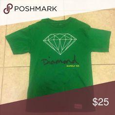DIAMOND SUPPLY CO T SHIRT Hardly worn practically new Diamond Supply Co. Shirts Tees - Short Sleeve