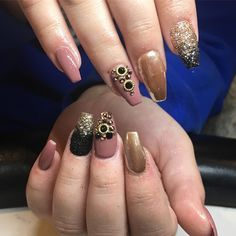 #clevelandnails #gelpolish #swarovski #glitter #acrylicnails