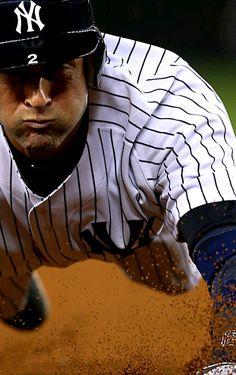 NY Yankees - Derek Jeter such a legend Yankees Baby, Damn Yankees, New York Yankees Baseball, Hockey, Baseball Players, Baseball Stuff, Sports Baseball, Mlb Teams, Derek Jeter
