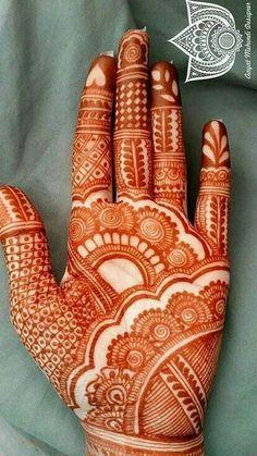 Mehndi Designs Front Hand, Simple Arabic Mehndi Designs, Indian Mehndi Designs, Stylish Mehndi Designs, Latest Bridal Mehndi Designs, Mehndi Designs For Girls, Right Hand Mehndi Design, Mehandi Design Simple, Tribal Henna Designs