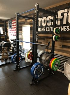 Home gym garage Rogue Equipped Garage Gyms - Photo Gallery Home Gym Basement, Home Gym Garage, Gym Room At Home, Basement Remodeling, Basement Ideas, Crossfit Garage Gym, Small Home Gyms, Dream Home Gym, Home Gym Decor
