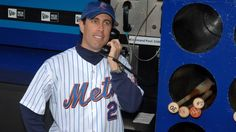 Jerry Seinfeld talking to NY Met Cespedes