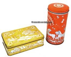 Vintage Verkade cookie and biscuit tin  Beautiful set of two vintage Verkade tins. The cookie tin is vanilla colored decorated with a Dutch landscape in white.  see: http://www.retro-en-design.co.uk/a-45227496/tins/vintage-verkade-cookie-and-biscuit-tin/