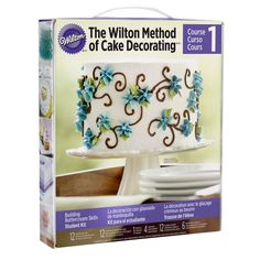 Wilton® Decorating Basics Student Kit The Wilton Method of Cake Decorating will help you learn the fundamentals for making treats that will amaze your friends and family. Start with Course One: Decorating Basics. Learn the essentials for making the perfect party cake, adorned with colorful flowers, beautiful borders and fun accents that set the tone for your celebration.