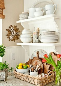 Open shelf and basket for storage