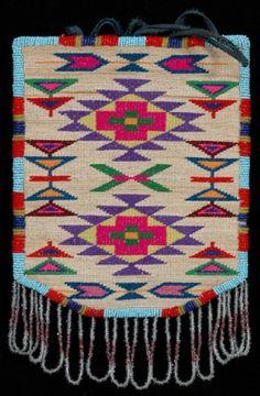 1930's Nez Perce Corn Husk Bag with bead work