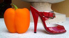HIGH HEELED ART MINIATURE SHOES-  www.highheeledartminiatureshoes.blogspot.com
