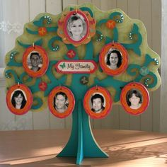 family tree template for children free Create A Family Tree, Family Tree For Kids, Trees For Kids, Family Tree Chart, Family Tree Wall, Peach Rooms, Family Tree Designs, The Giving Tree, Family Theme