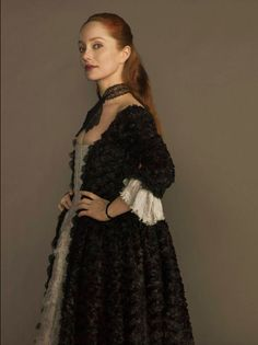 Geillis Duncan (Lotte Verbeek) in the Trial Dress #Outlander (2014) on Starz - Ep111 The Devil's Mark