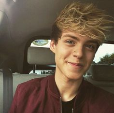 """Read Reece - Piano Love from the story New Hope Club Imagines ❤ by NewHopeGurl with reads. YOUR POV""""Reece, come on. Blake Richardson, Reece Bibby, New Hope Club, Disney Music, Fangirl, How To Look Better, Kicks, Celebs, Guys"""