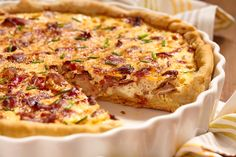 Slow-Cooker Bacon and Cheese Quiche from 50 Best Slow-Cooker Recipes Slow Cooker Breakfast, Breakfast And Brunch, Breakfast Quiche, Bacon And Cheese Quiche, Bacon Pie, Bacon Bacon, Quiche Lorraine, Chicken Recipes For Kids, Healthy Chicken Recipes