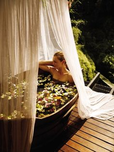 Outdoor bathtub,Four Seasons Tented Camp Golden Triangle, Thailand