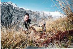 Tahr hunting in New Zealand Trophy Hunting, Travel Brochure, Sport Fishing, New Zealand, Dreaming Of You, Survival, Around The Worlds, Mountains, Deer
