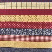 Cómo hacer una alfombra peluda tejida a mano en un telar de piso