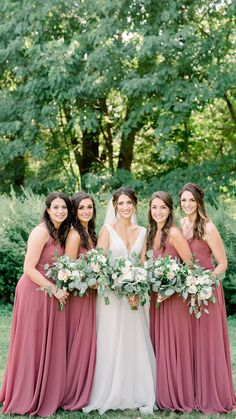 Jenny Yoo Bridesmaids, The Inesse dress features thin spaghetti straps with a V-neckline. The bodice slightly blouses at the waist that cinches in to add definition around the natural waist. A long circle skirt creates a romantic look. This dress is ful Red Bridesmaids, Wedding Bridesmaid Dresses, Wedding Gowns, Bridesmaid Outfit, Summer Wedding Colors, Spring Wedding, Wedding Color Schemes, Trendy Wedding, Wedding Ideas