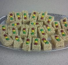 Pinewood Derby Snack - Stop Lights Rice Krispie Treats.