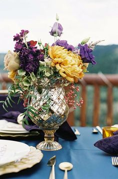 Continuing the bohemian wedding theme, I'd like to tell you about centerpieces. A centerpiece is what highlights the table setting, so choose it carefully, according to the theme and colors. A truly boho variant is a gilded bowl with different...