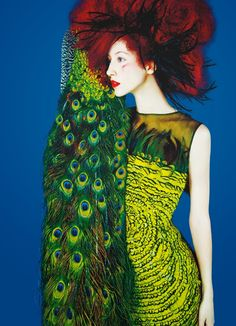 "Photo by Erik Madigan Heck, Sept. 2014, Alana Zimmer, editorial ""Drôle d'oiseau"", Numéro 156 Magazine."
