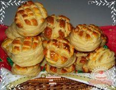 Leveles sajtos pogácsa Hungarian Recipes, Hungarian Food, European Cuisine, Bread Rolls, Croissants, Scones, Bread Recipes, Waffles, Appetizers