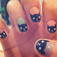 This cat inspired nail art is so cute! Meow!
