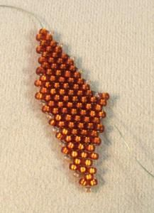 How to Make Russian Style Leaves Using Peyote Stitch: Finish the First Side of the Leaf