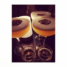 Seems it was a #Passionfruit #Martini night! Thanks @asalhoneyzx7 for a #fab pic @instagram! (^_−)☆