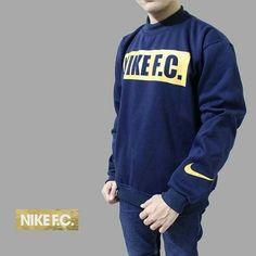 Nike FC Sweater Navy yellow   Bahan fleece tebal nyaman dipakai  All size L Harga : Rp.99.000 Satuan ( belum ongkir )  Contact for order: Line @Dstoregrosir ( Pake @ di depan ) CS1 Pin: 54bc4222 & WA 0878-2225-8573 Cs 3 pin : 5C85AB1F dan WA 087822985415 #DstoreGrosir #produkbaru #grosirbandung #grosirjaket #grosircelana #grosirkaos #jaketmurah #jaketparka #jaketsweater #jaketfleece #jaketparasit #celanamurah #celanajeans #celanajoger #celanacargo #celanachino #celanapanjang #sweateroblong…
