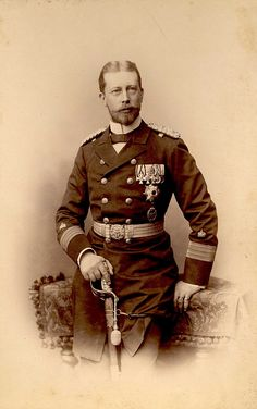Goodnight, ladies and gentlemen. Im gpoing to have sweet dreams with this handsome chap.  Prince Heinrich of Prussia. 1890s