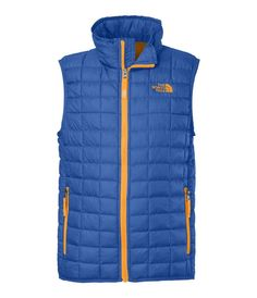 For lightweight winter protection during outdoor activities in cold, wet conditions, is doesn`t get any more versatile than our ThermoBall insulated boys` vest. #alpineshop