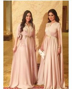 Moroccan caftan dresses by selma benomar Morrocan Dress, Moroccan Bride, Moroccan Caftan, Abaya Fashion, Modest Fashion, Caftan Instagram, Arabic Dress, Oriental Dress, Caftan Dress