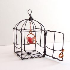 Reserved for JD - 2 Bitsy Red Birds in a Wire Cage Bird In A Cage, Bird Cages, Wire Crafts, Diy And Crafts, Arts And Crafts, Copper Art, Iron Wire, 3d Pen, Air Dry Clay