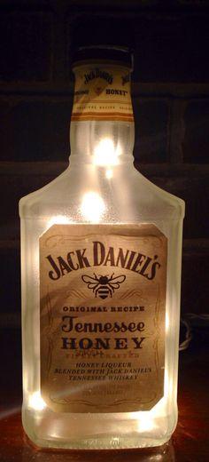 https://www.etsy.com/listing/216878331/jack-daniels-tennesse-honey-frosted see more at http://www.lightitupcreations.blogspot.com/?m=1 #bottle #honey #jackdaniels #bar #lighted #lamp #whisky