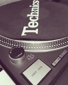A modern day classic #technics1210 #technics #decks #dj #turntable #turntablism #vinyl by vjfellows http://ift.tt/1HNGVsC
