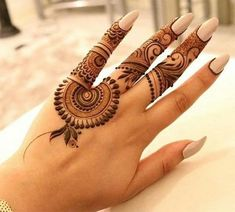 24 Things To Expect When Attending Simple Henna Tattoo Designs For Beginners 24 Things To Expect When Attending Simple Henna Tattoo Designs For Beginners Henna Hand Designs, Small Henna Designs, Mehndi Designs Finger, Palm Mehndi Design, Henna Tattoo Designs Simple, Mehndi Designs For Girls, Mehndi Designs For Beginners, Mehndi Design Photos, Mehndi Designs For Fingers