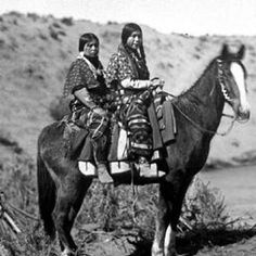 (PICTURE) #NEZPERCE #WOMEN #PRIDE ■Riding: The art of keeping a horse between you and the ground.■