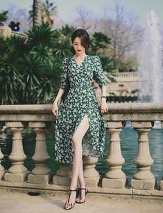 Amelie dress line. Korea Fashion, Asian Fashion, Face Angles, Beautiful Dresses, Beautiful Women, Women's Fashion Dresses, Asian Beauty, Style Me, Wrap Dress