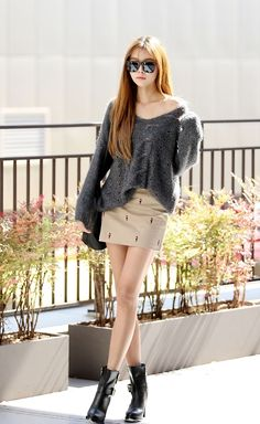 Urban Korean fashion.  -Lily.  #streetstyle. #koreanfashion