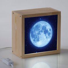 Nuestras cajas de luz artesanales hechas en madera resultan muy decorativas.: caja de luz luna, jirafa, elefante,.., lightbox con mensajes y personalizables
