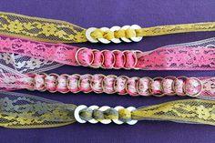 Accesorios con arandelas/anillas llaves y cinta.