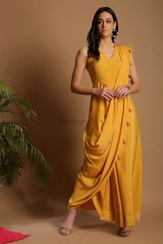 Confused, what to wear for your Haldi ? Head to our blog for outfit ideas under budget. Click on the link attached below  #indianwedding #shaadisaga #intimatewedding #bridalfashion #indianweddinginspiration #haldiceremony #haldioutfitideas #weddingoutfitonbudget Ethnic Trends, Haldi Ceremony, Saree Styles, Western Outfits, Summer Dresses, Formal Dresses, Sarees Online, What To Wear, Short Sleeve Dresses