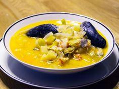 Fisksoppa med smak av saffran Swedish Chef, Cheeseburger Chowder, Thai Red Curry, Fish, Ethnic Recipes, Green Garden, Pisces, The Green Garden