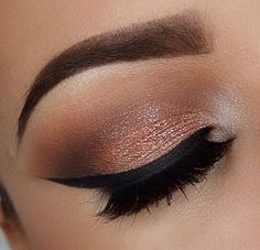 Create this look using the following Mary Kay eye products:  Sweet cream, Gold coast , amber blaze, driftwood, moonstone, eyeliner gel.