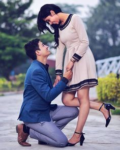 Navigate to the initial site about Wedding Photoshoot Photo Poses For Couples, Couple Picture Poses, Couple Photoshoot Poses, Photo Couple, Couple Pictures, Indian Wedding Couple Photography, Wedding Couple Poses Photography, Happy Photography, Friend Photography