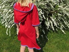 Little Red Riding Hood! A nice combination of a shirt and a dress in one. Perfect for the day at the beach! Made out of 100% GOTS certificated Organic Cotton. EcoFashion.