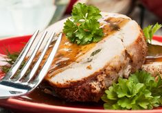 Bursting with savory mushroom and spinach, just watch your family come running when you pull this juicy and tender pork loin roast from the oven. Pork Recipes, Keto Recipes, Cooking Recipes, Fast Recipes, Spinach Stuffed Mushrooms, Stuffed Peppers, Stuffed Pork, Pork Roast, Pork Loin