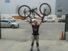 Juan García, miembro de Amics de la Bici, se encargará de dinamizar 30 Días en Bici en las redes sociales.