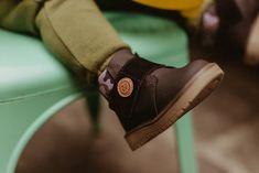 Editorial Viver Kids | Fotografia lifestyle de família em Curitiba Wood Watch, Editorial, Fashion, Living Alone, Fotografia, Wooden Clock, Moda, Fashion Styles, Fashion Illustrations