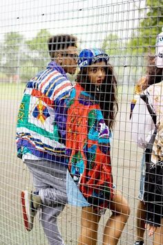 Hip hop fashion, also called large styles, serves as a distinctive kind of outfit. Black Fashion Tumblr, Black 90s Fashion, Hip Hop Fashion, Urban Fashion, Swag Couples, Cute Couples, Hipster Outfits, Coachella, Streetwear